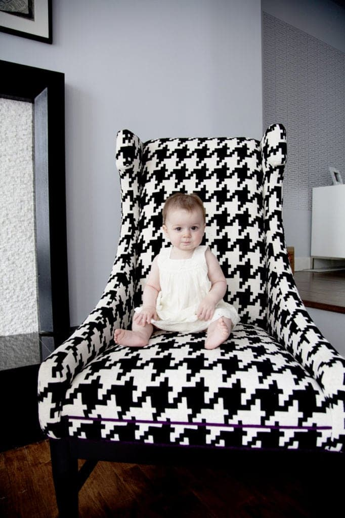pattern contrast in children's portrait photography