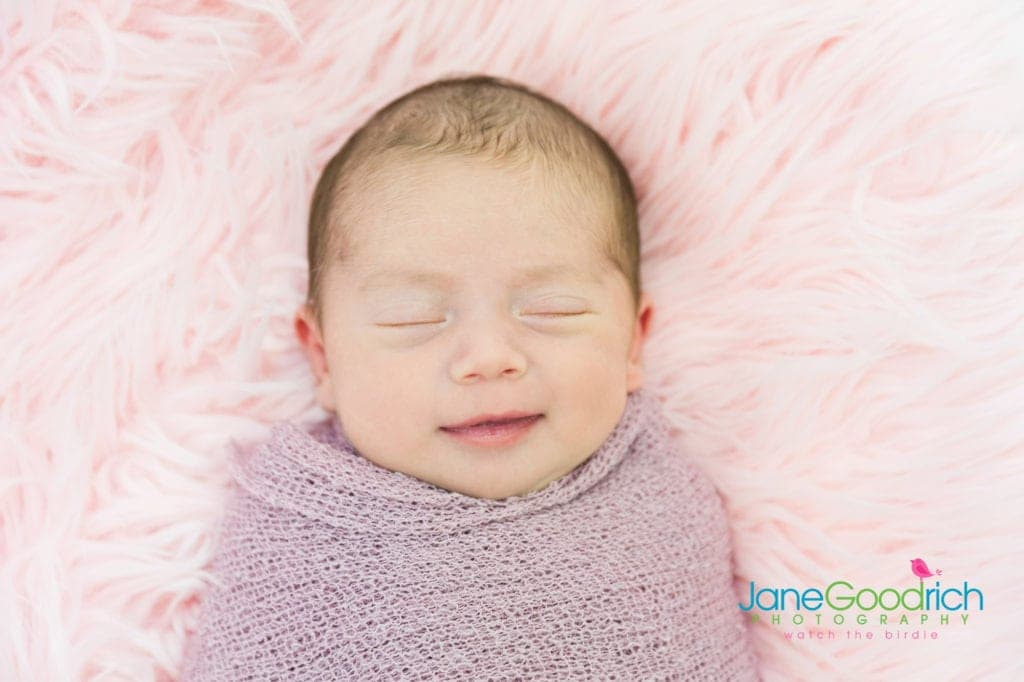 finding a newborn photographer