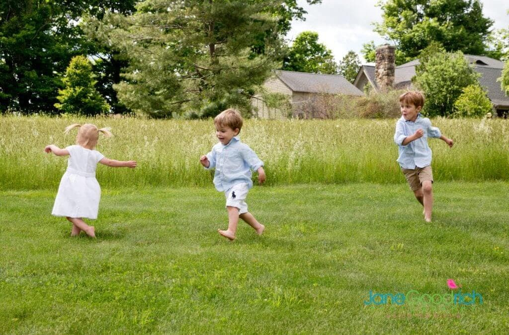 PHOTOGRAPHING KIDS IN ACTION