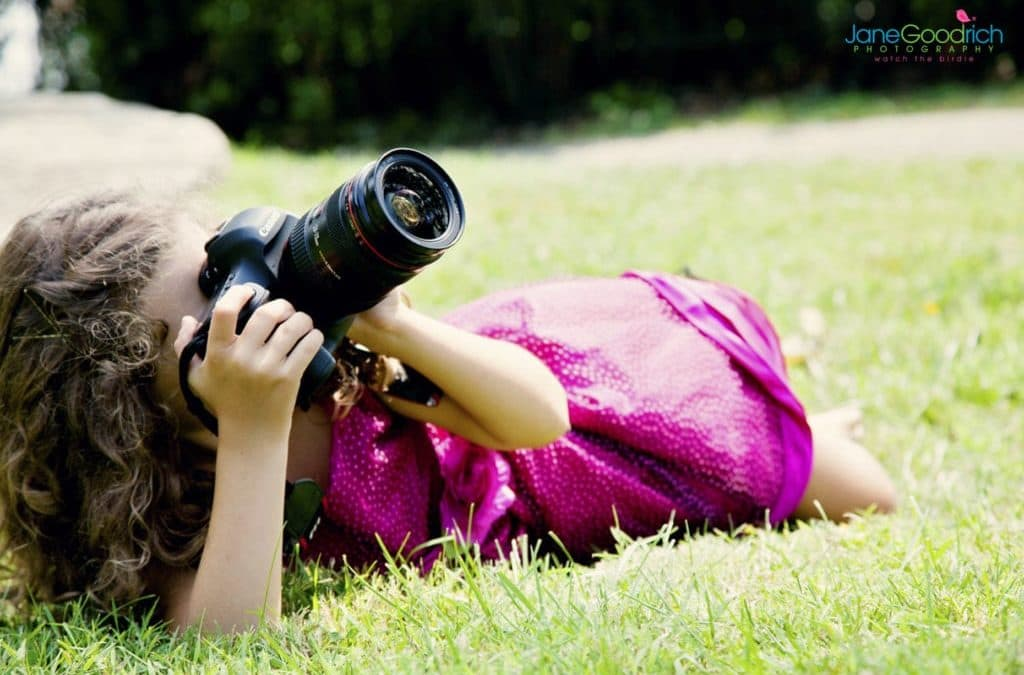 CHILD PHOTOGRAPHY: DSLR OR A POINT-AND-SHOOT CAMERA?