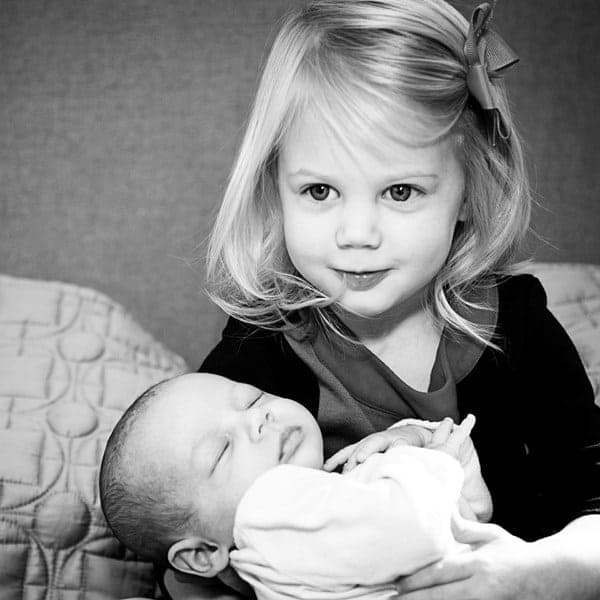5 REASONS TO EMBRACE BLACK AND WHITE KID'S PORTRAIT PHOTOGRAPHY