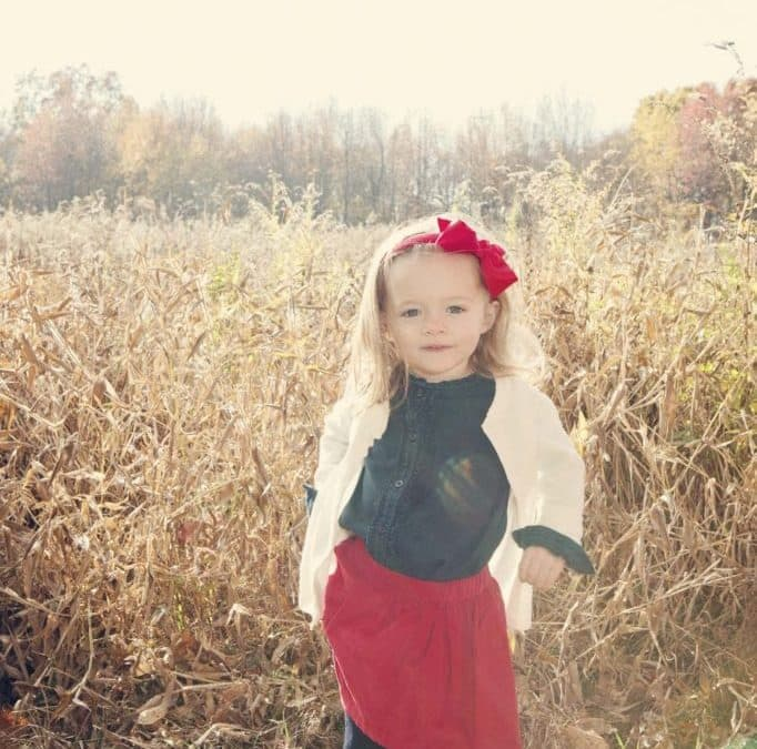 BEST PLACES FOR PUMPKIN-PATCH KIDS' PHOTOGRAPHY