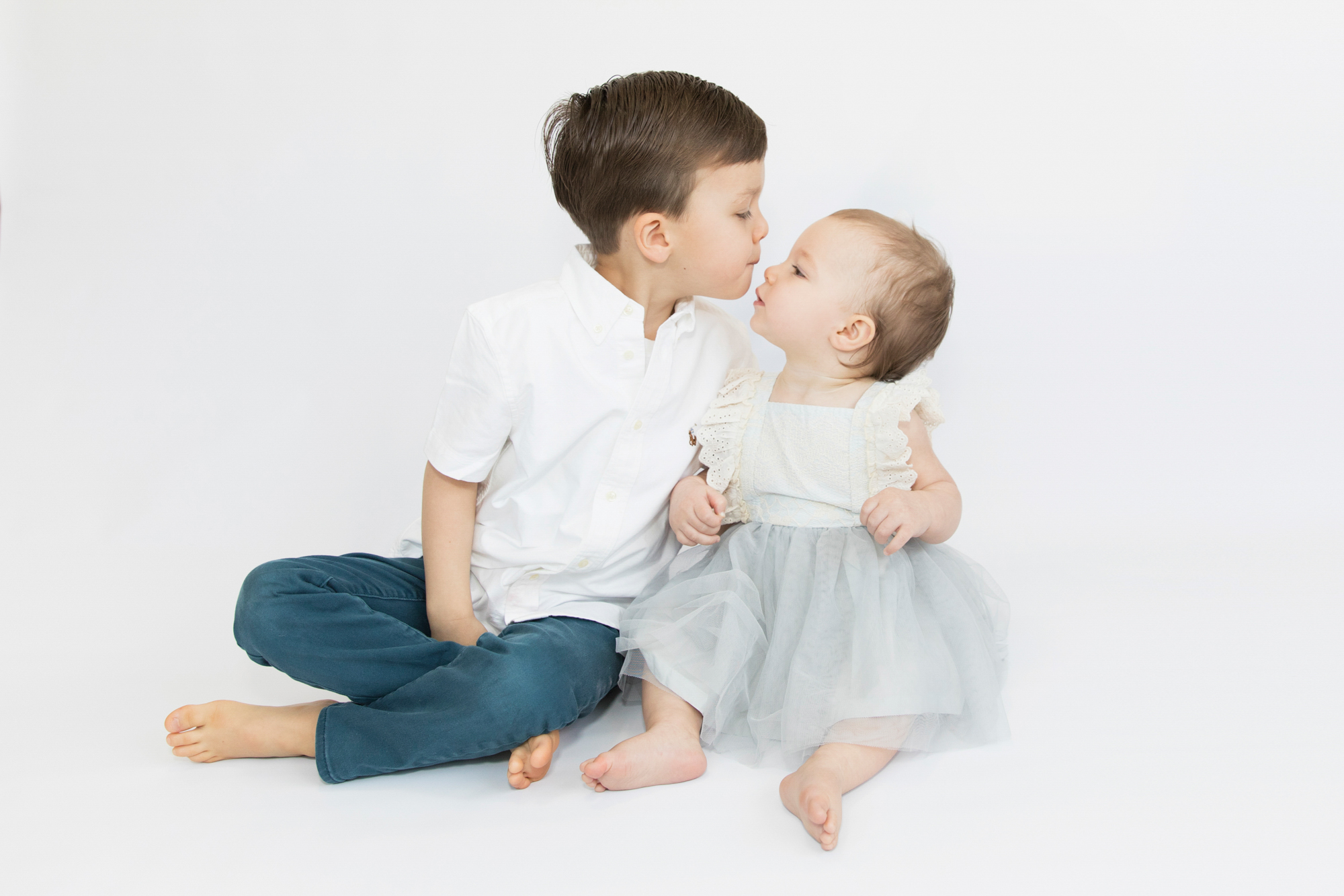 first birthday with sibling photograph