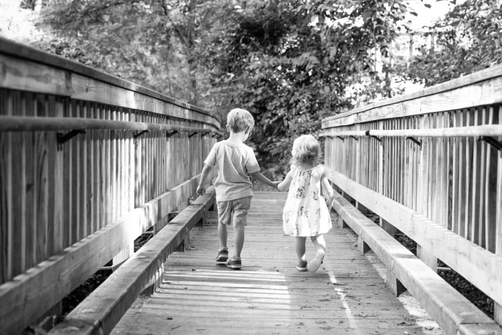 sibling photography by Jane Goordrich