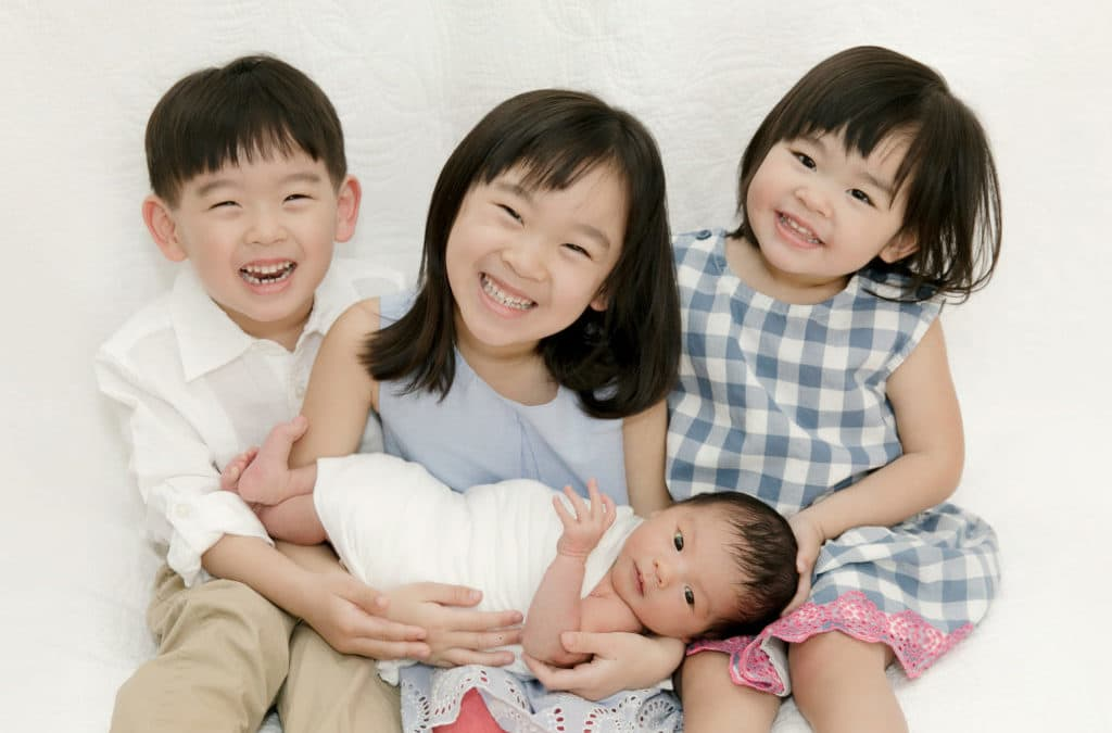 Newborn and Sibling Photo Ideas