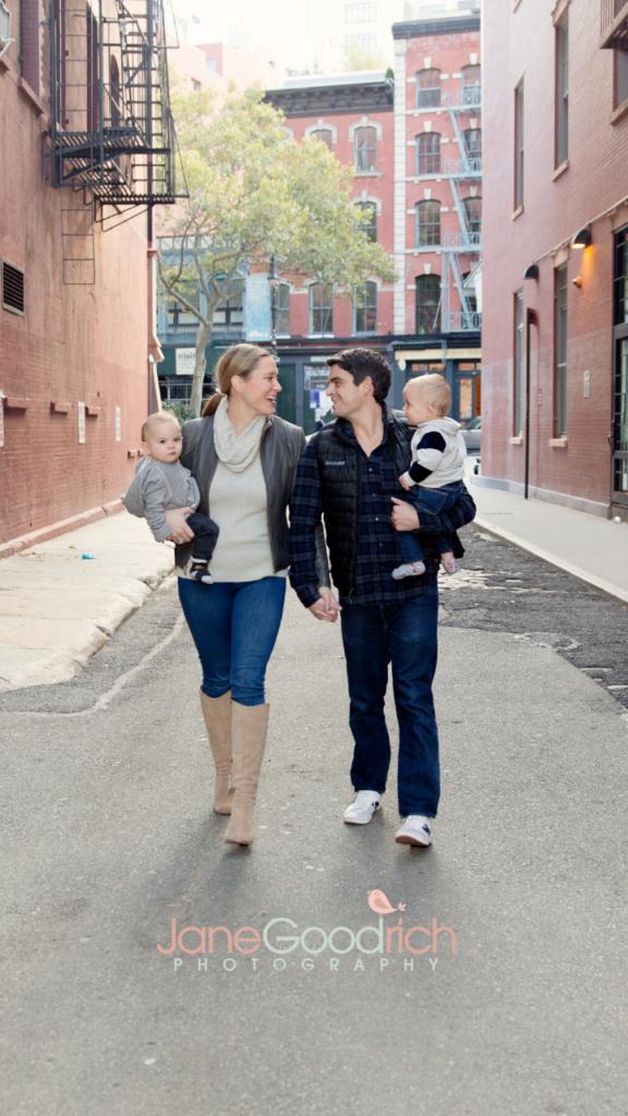 Urban family photography session manhattan jane goodrich newborn baby and family photographer