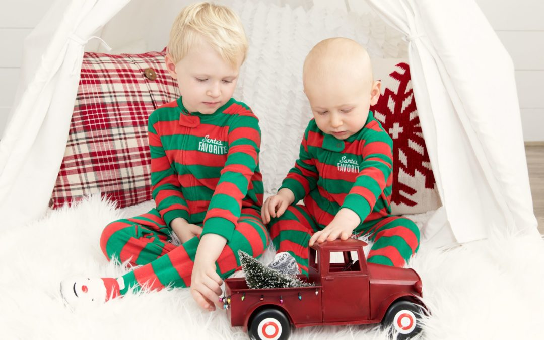 Holiday Family Photo Sessions In The Studio At Jane Goodrich Photography